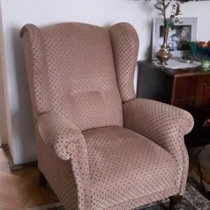 fotel z nowym obiciem