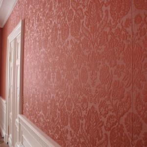 ściany o tapetowane