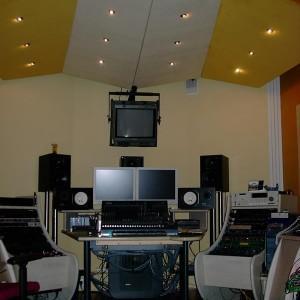 realizacja montażu paneli akustycznych