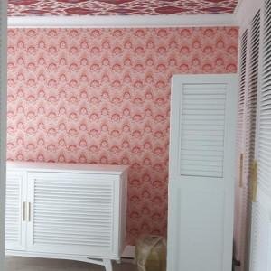 różowa tapeta