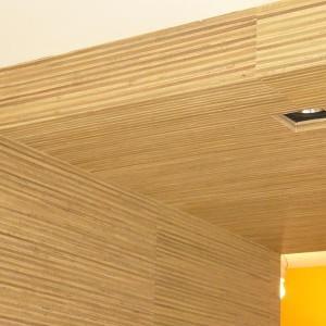 wykończenie ścian tapetą