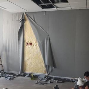 prace monterskie panelu akustycznego