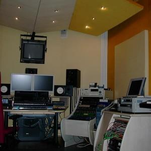 montaż paneli akustycznych